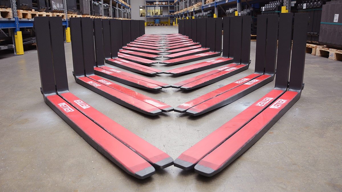 Anti-Rutsch / Anti-Lärm Beschichtungen machen den Staplereinsatz effizienter und sicherer!